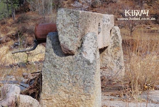 承德平泉县榆树林子镇千年青石井的古老传说