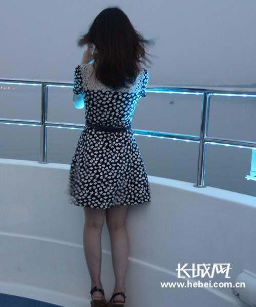 观赏名城美女汉江市夜游秀美山水襄阳[组图]洗澡风光视频看大图片