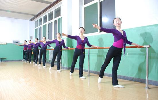 邯郸市钢苑中学 教育频道 长城网图片