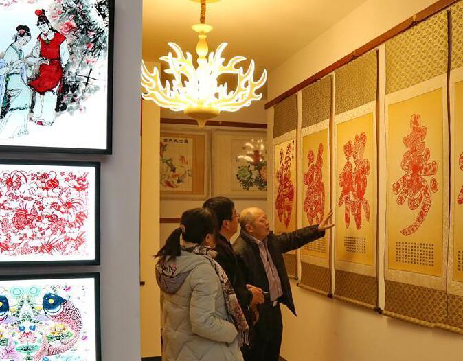 河北蔚县:小剪纸大产业