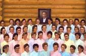 一人拥有79个妻子!那些被邪教洗脑的少女们……