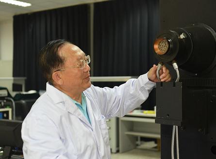 [中国梦实践者]航天人胡国华: 新中国专利第一人
