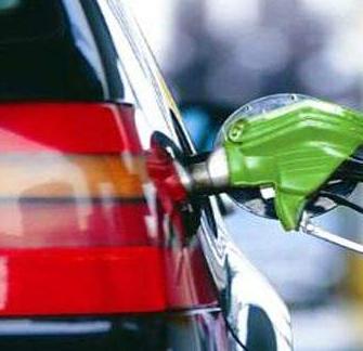 国内成品油调价迎来2017年首次搁浅
