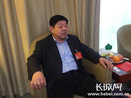 住冀全国人大代表哈明江。