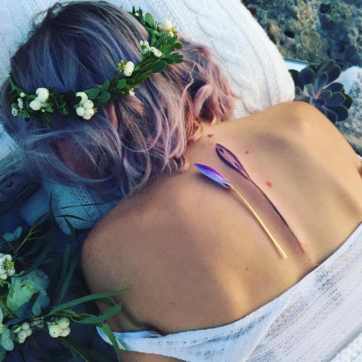 特别唯美的后背系列,配上深v或是露背裙装,刺青的点缀更增添女人味图片