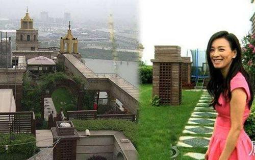 """张庭 她的豪宅位于上海徐汇区黄金地段,总建筑面积达1650平方米。除了有可以俯瞰整个黄浦江的""""空中花园"""",张庭更在其中辟出一区菜园"""
