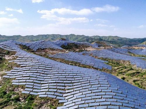 涉县:建设光伏基地 发展清洁能源