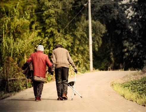 我能想到最浪漫的事 就是和你一起慢慢变老
