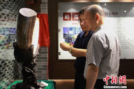 新世纪广东传统工艺展在广州揭幕