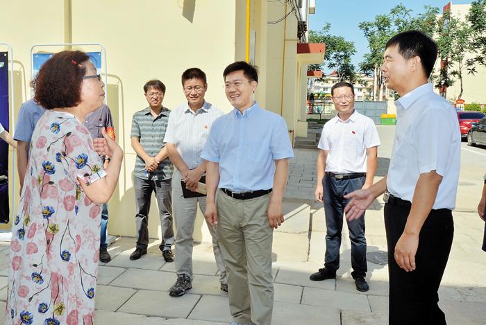 """孟祥伟调研北戴河""""烟头革命""""促创城工作"""