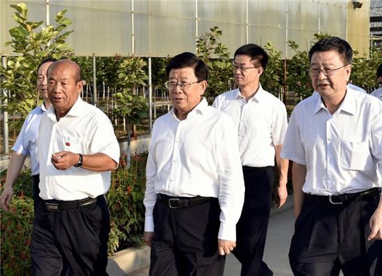 赵克志:加快产业结构战略性转变