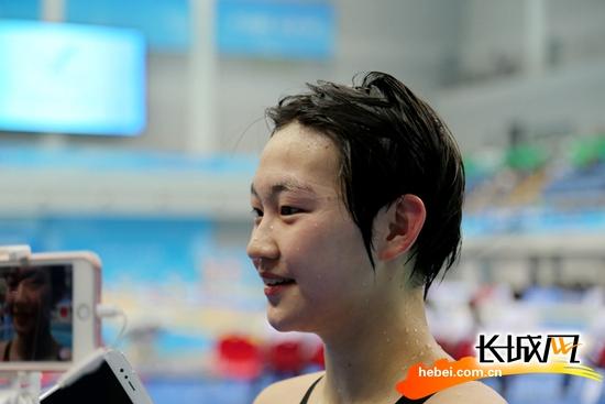 再创亚洲纪录!李冰洁摘得1500米自由泳金牌