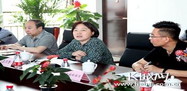 """""""微信公众号""""大咖聚首长城新媒体  掀头脑风暴"""