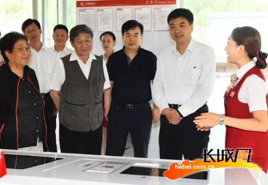 河北省委常委、副省长,雄安新区党工委书记、管委会主任陈刚在雄安新区调研。雄媒中心 供图
