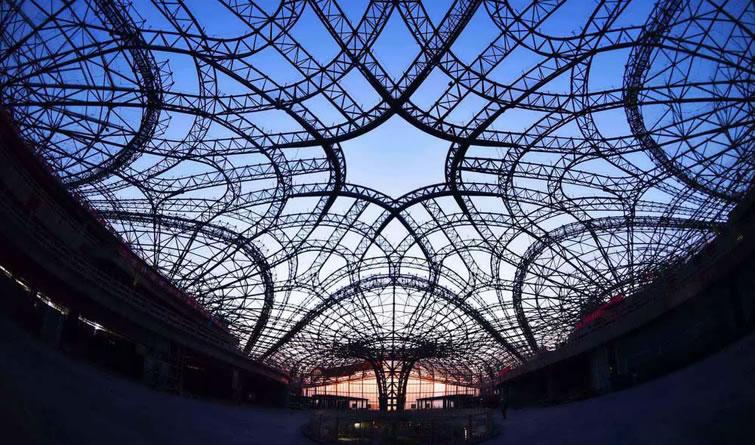 北京新机场进展顺利 高铁在航站楼内穿过