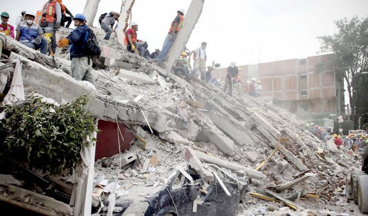 强震过后:多方力量紧急救援墨西哥地震灾区