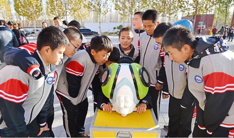 廊坊市安次区:科技大篷车开进校园 培养青少年科技创新团队