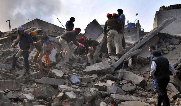 印度旁遮普邦工厂发生火灾造成10人死亡