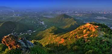 石家庄:最美初冬藏在西山那片光影里
