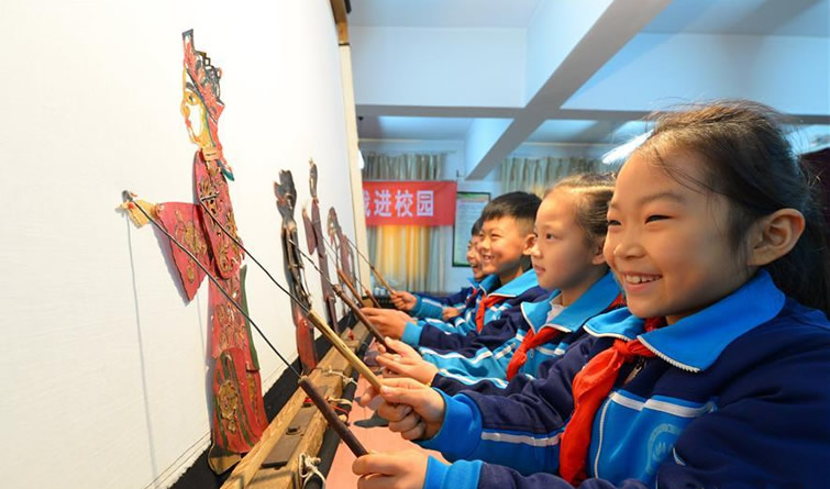 邯郸:皮影技艺进校园
