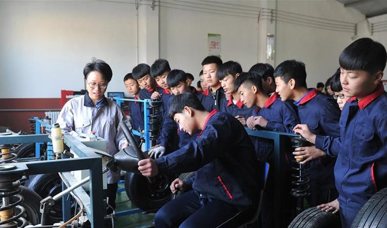 河北泊头:现代职业教育打造工匠摇篮