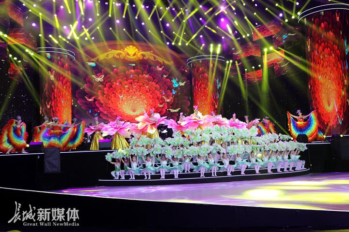 中国民歌盛典在河北省奥体中心浓情上演