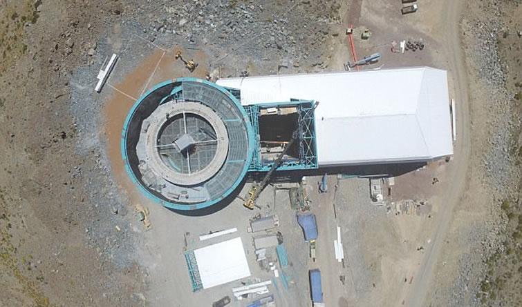 超级望远镜智利开建:配备32亿像素数码相机