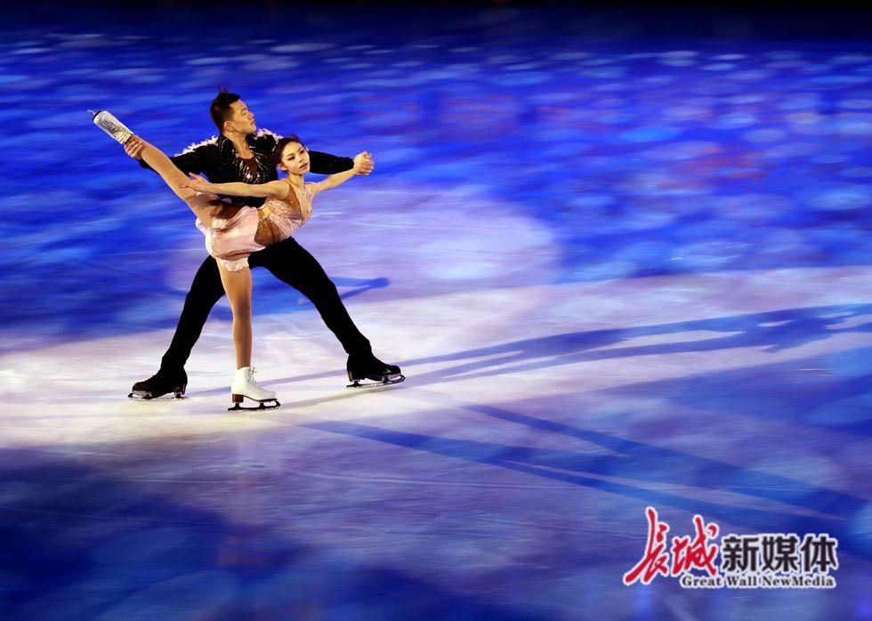 第四届全国大众冰雪季在河北奥体中心启动