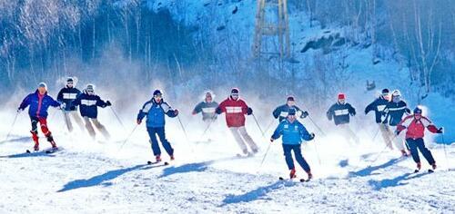 [两会提案]打造冬奥品牌 加快河北省冰雪产业发展
