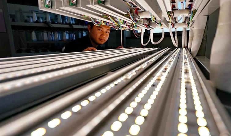 河北积极发展装备制造业