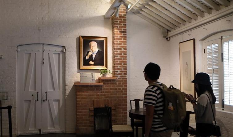 著名国学大师饶宗颐在香港逝世