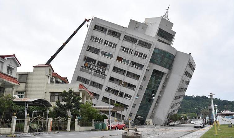 台湾花莲地震200余人伤亡