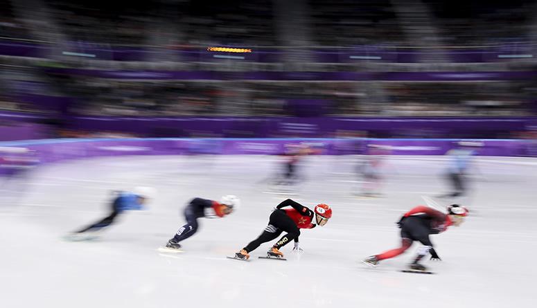 冬奥会丨短道速滑男子5000米接力:中国队晋级决赛