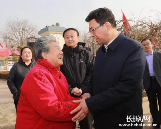 衡水市委书记王景武、市长吕志成深入基层走访慰问送温暖