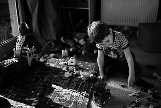 家是孩子们的乐园 精致光影捕捉孩子的天真
