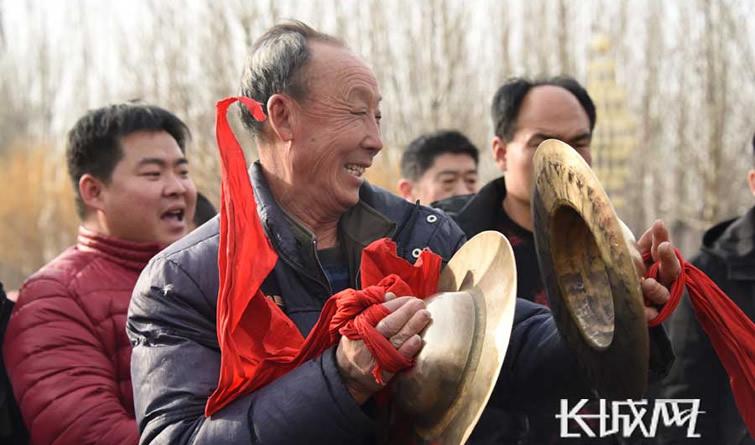 文安:多彩群众文化活动闹新春