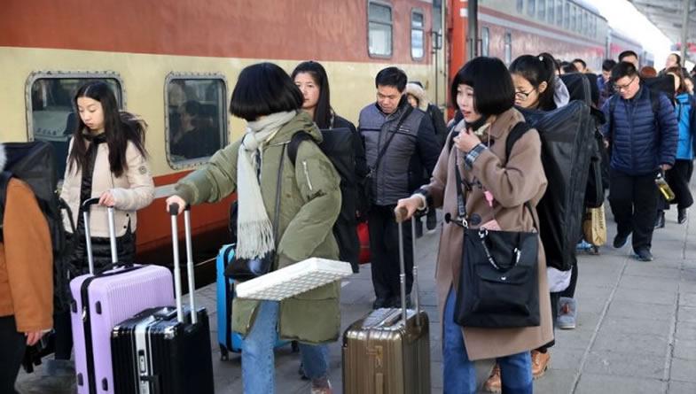离乡返城是当下中国的温情大片