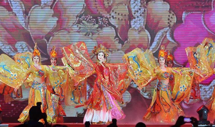 """""""文化中国·四海同春""""艺术团在马来西亚演出"""