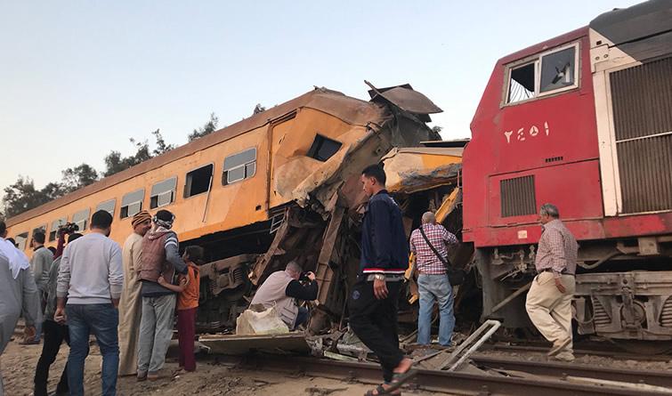 埃及北部火车相撞造成至少16人死亡