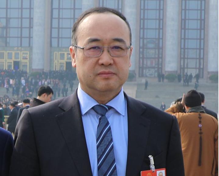 潘敬东代表