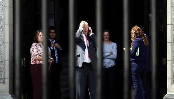 秘鲁总统宣布辞职