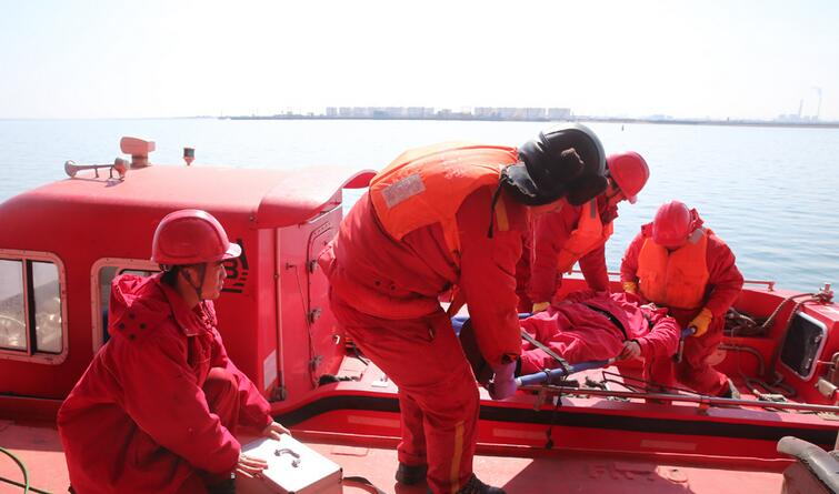 中石油海上应急救援响应中心提高应急处置能力