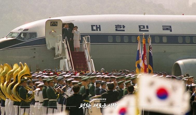 珍贵历史画面!2000年和2007年朝韩首脑会晤