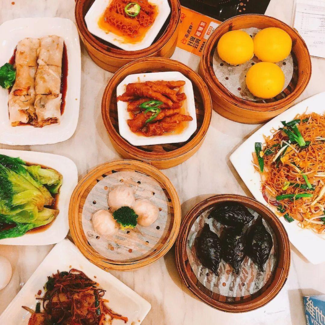 小小的茶厅浓缩了整个广州的饮食底蕴