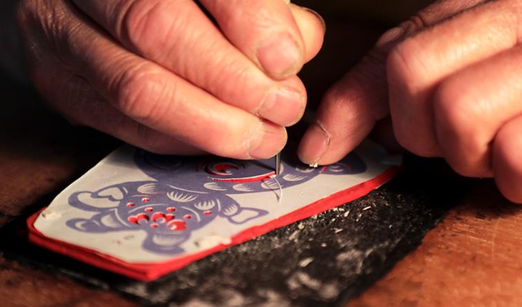 蔚县民间老艺人讲述刀与纸的爱恋