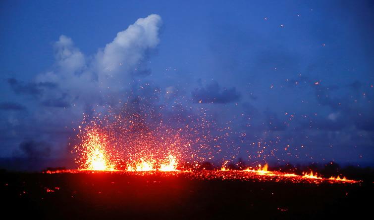 夏威夷火山持续喷发冲击旅游业