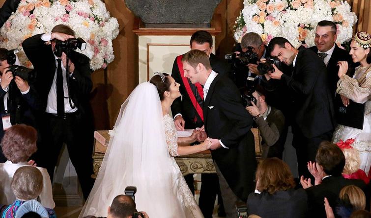 英国哈里王子大婚在即 盘点各国梦幻皇家婚礼