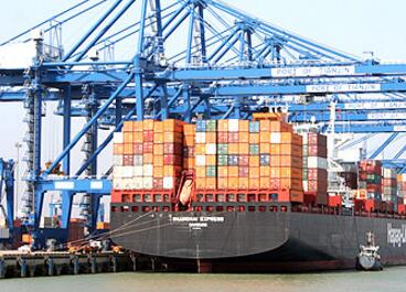天津港集装箱码头