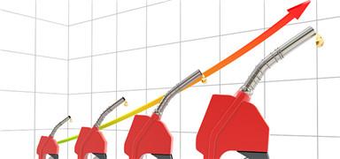 成品油价望五连涨 明日上调幅度或再创新高