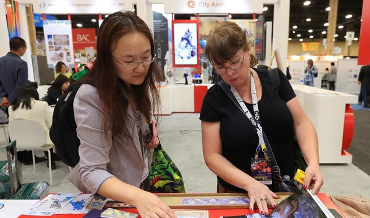 中国文化品牌和产品亮相美国国际品牌授权博览会